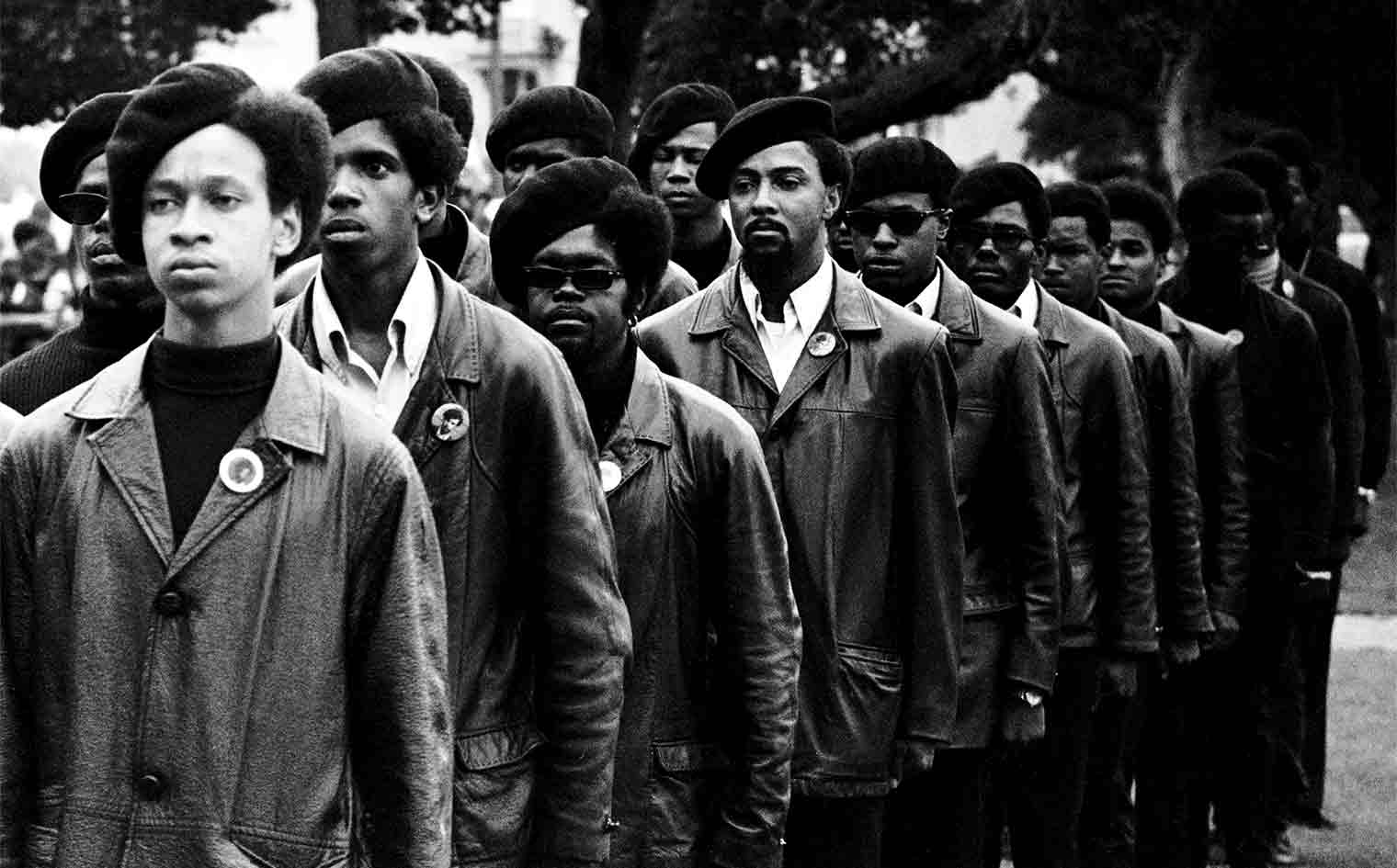 THE BLACK PANTHERS<br />Vanguard of the Revolution